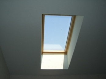 натяжной потолок с обходом окна 3 d.jpg